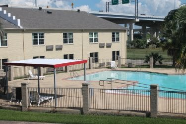 Pool View-Bays Inn & Suites Baytown