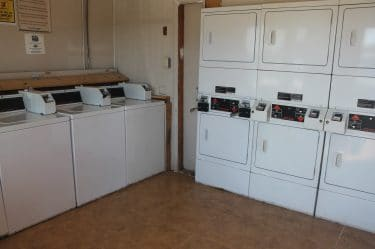 Guest Laundry-Bays Inn & Suites Baytown